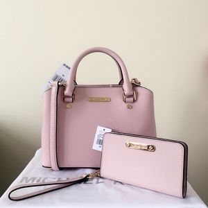 NWT Michael Kors Savannah Small Blossom Set